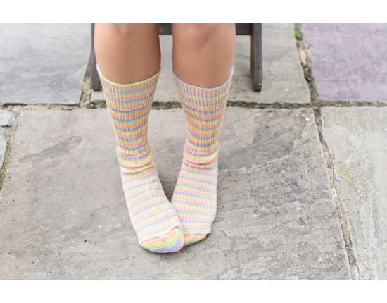 Luxury Bluefaced Leicester socks - Sherbet Fizz