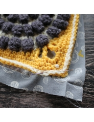 ColourLab DK - Crochet Cushion by Anna Nikipirowicz Part Four