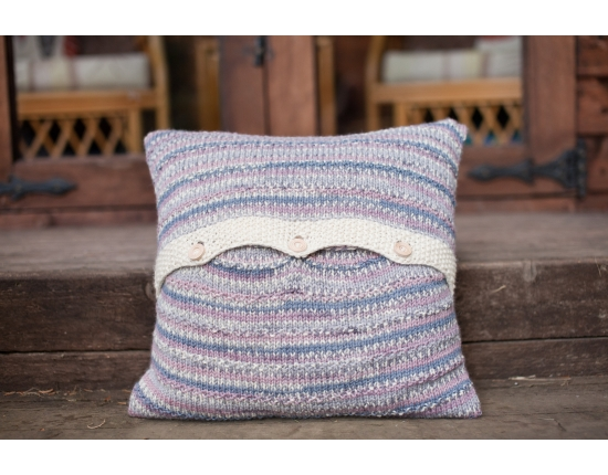*Free* Bird Print Aran Cushion Pattern