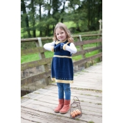 .Fair Isle border pinafore,cowl & mitts.