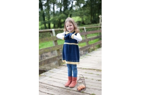 Fair Isle border pinafore,cowl & mitts.